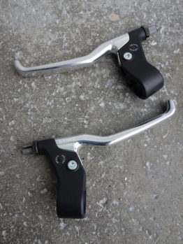 1980s Long lever Shimano Deore brake levers model BL-MT60