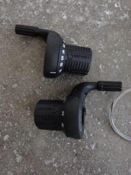 Gripshift 7 x 3 speed mountain bike shifters with original grips