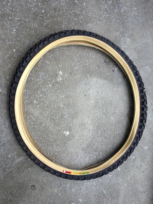 WTB Velociraptor front skinwall 26 inch mountain bike tyre