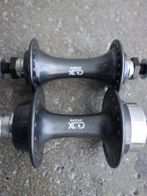Suntour XCD hub set - bolt-on for MTBs